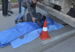 Hafriyat kamyonu ezdi, oğlu cesedine, kızı da terliğine sarılıp gözyaşı döktü