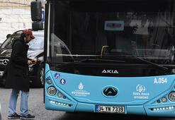 Yönetmen Tolga Karaçelik halk otobüsünde