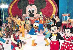 Disneyland Macerası çarşambaya İzmir'de