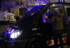 Katalonyada göstericiler polisle çatıştı: 52 yaralı