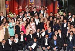 Tarabya İngiliz Okulları İlk Mezuniyet Törenini Grand Tarabya Hotel'de Kutladı