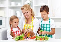 Doğru beslenme bilinci olan çocuk sağlıklı büyüyor