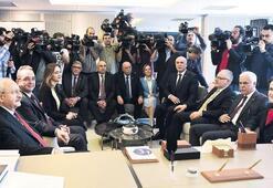 Kılıçdaroğlu ve Akşener fikir birliğine vardı: 'Hayır' buluşması  2019'a taşınmalı