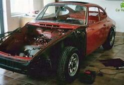 1965 üretimi Porsche marka aracını böyle yeniledi