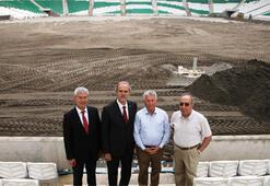 Bursa Timsah Arenada sıra çimlerde