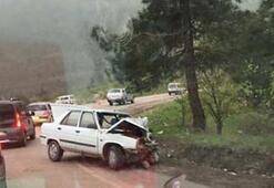 3 araç birbirine girdi: Çok sayıda yaralı