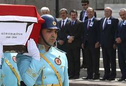 CHPli eski Isparta Milletvekili Ali Haydar Önere veda