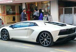 Kenan Sofuoğlu yeni arabasına kavuştu