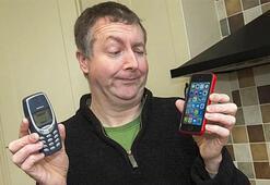 17 yıldır aynı telefonu kullanıyor