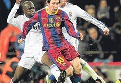 Bizim seyrettiğimiz futbolsa, Barça'nın oynadığı ne ola ki