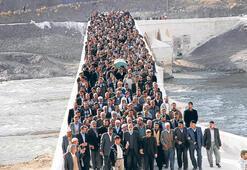 Şeyh Sait'in torununu 5 bin kişi uğurladı