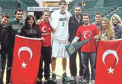 NCAA'de Türk gecesi