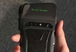 Xiaominin yeni oyun telefonu Black Sharkın ilk canlı görüntüsü internete sızdı