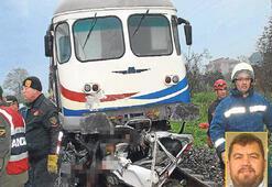 Yolcu treni hemzeminde aracı biçti: 4 ÖLÜ