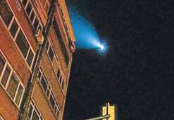 Dergi merkezine helikopterli baskın