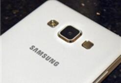 Galaxy A8, Tanıtım Broşüründe Göründü