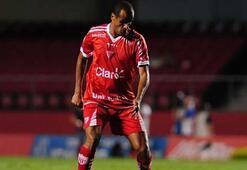 Rivaldo, 43 yaşında sahalara döndü