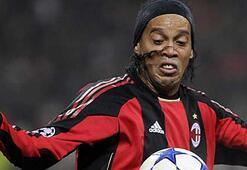 Flamengo Ronaldinhoyu kaptı