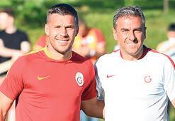 Lukas Podolski süre istedi