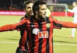 Bursaspor, Jorquera ile anlaştı