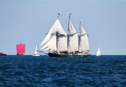 Tarihi gemi festivali büyüledi