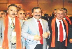 Davul İzmir'de, tokmak Ankara'da...