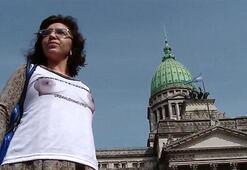 Arjantinde çıplak protesto