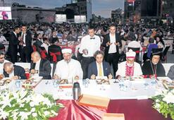 Farklı dinler, Beyoğlu'nda  iftar sofrasında buluştu
