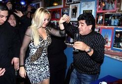 Diego Maradonanın yatak sırlarını ifşa etti