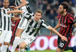 Lider Juventus, Milanı farklı yendi