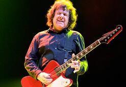 Gitarist Gary Moore öldü