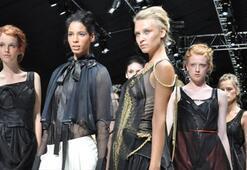 Istanbul Fashion Week Ağustos 2010 - 1. Gün | BORA AKSU Defilesi