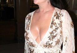 Lisa Appletondan iddialı kıyafet