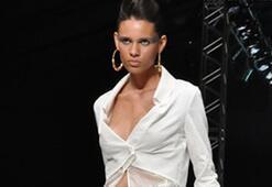 Istanbul Fashion Week Ağustos 2010 - 2. Gün | MEHTAP ELAİDİ Defilesi ve Backstagei