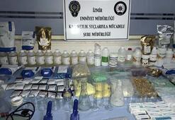 İzmirde villaya sahte ilaç imalatı operasyonu