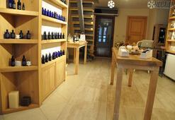 Blossom Village: Designer cosmetics