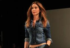 Istanbul Fashion Week Şubat 2011 - MAVİ