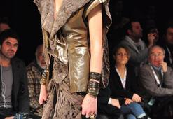 Istanbul Fashion Week Şubat 2011 -  SİMAY BÜLBÜL