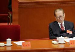 Son dakika... Tüm dünyanın gözü Çinde Esneyip uyuyakaldı...