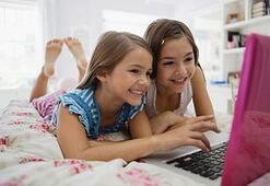 Sosyal paylaşım siteleri çocukları internete çekiyor