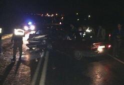 Zonguldakta iki otomobil çarpıştı: 1 ölü, 2 yaralı