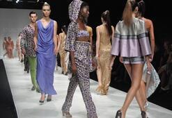İstanbul Fashion Week Eylül 2011 - Atıl Kutoğlu Defilesi