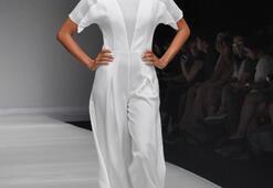 Istanbul Fashion Week Eylül 2011 - Özlem Kaya Defilesi
