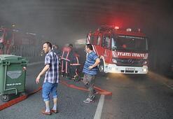 Son dakika: İstanbul Bisikletçiler Çarşısında büyük yangın Yol kapatıldı