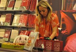 Elif Tapan Marks & Spencerda