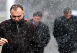 Kar İstanbulda kendini göstermeye başladı