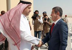 Milli Savunma Bakanı Canikli, Katarda