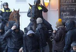 Hollandada polis eylemi üç maçı erteletti