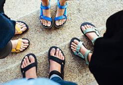 Spor sandaletler ile özgür ayaklar