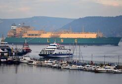 LNG tankeri Çanakkale Boğazından geçti